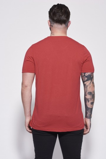 Essentials Red Back